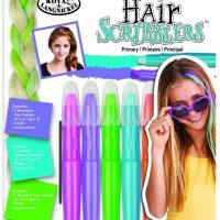 Setul contine 5 creioane pastel lavabile pentru colorarea parului, un pieptene